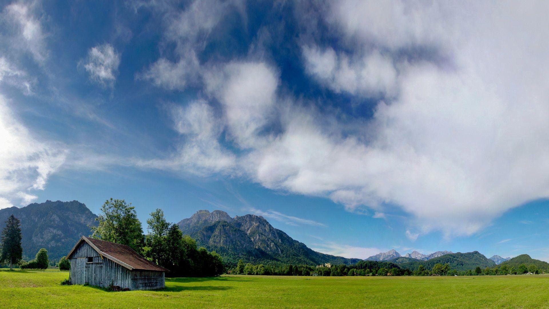 140953 скачать обои Природа, Небо, Облака, Домик, Поляна, Воздушные - заставки и картинки бесплатно