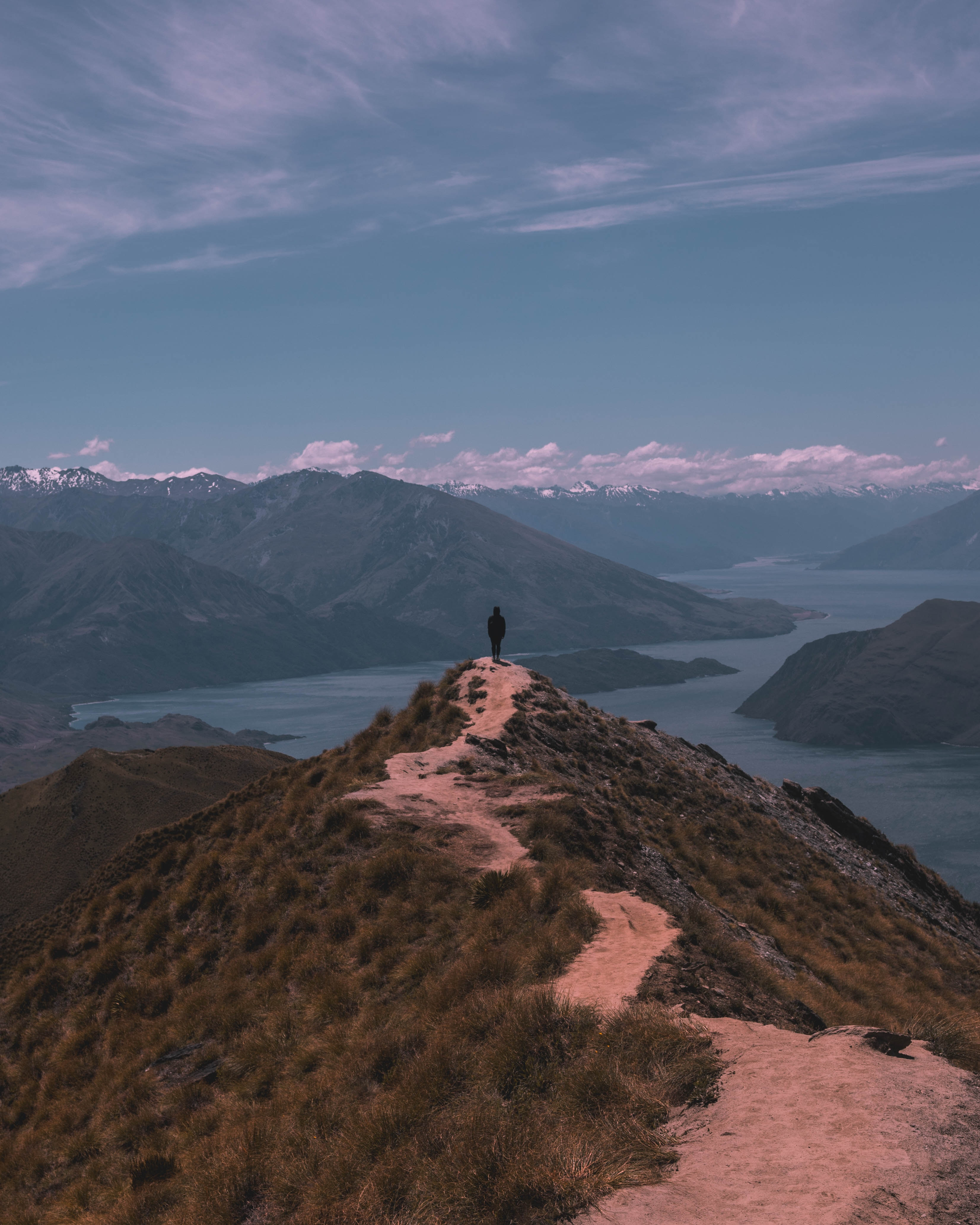 122500 download wallpaper Nature, Human, Person, Elevation, Freedom, Mountains screensavers and pictures for free