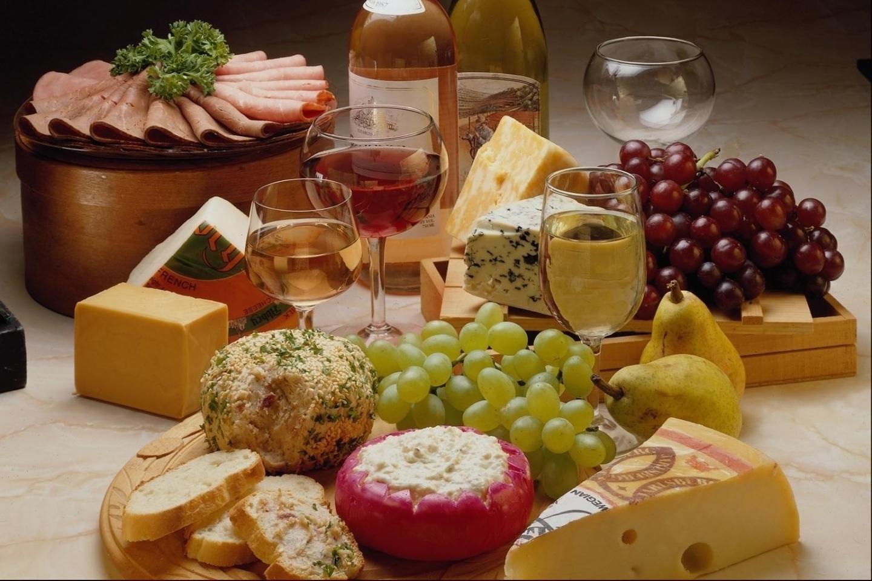 596 скачать обои Еда, Сыр, Виноград, Вино - заставки и картинки бесплатно