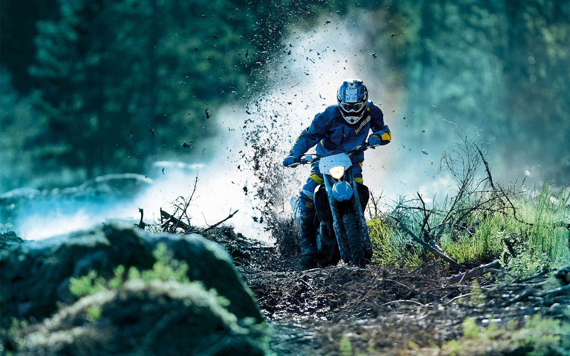 52469 Hintergrundbild herunterladen Motorräder, Rennen, Motorrad, Drift, Motorrad Fahren - Bildschirmschoner und Bilder kostenlos