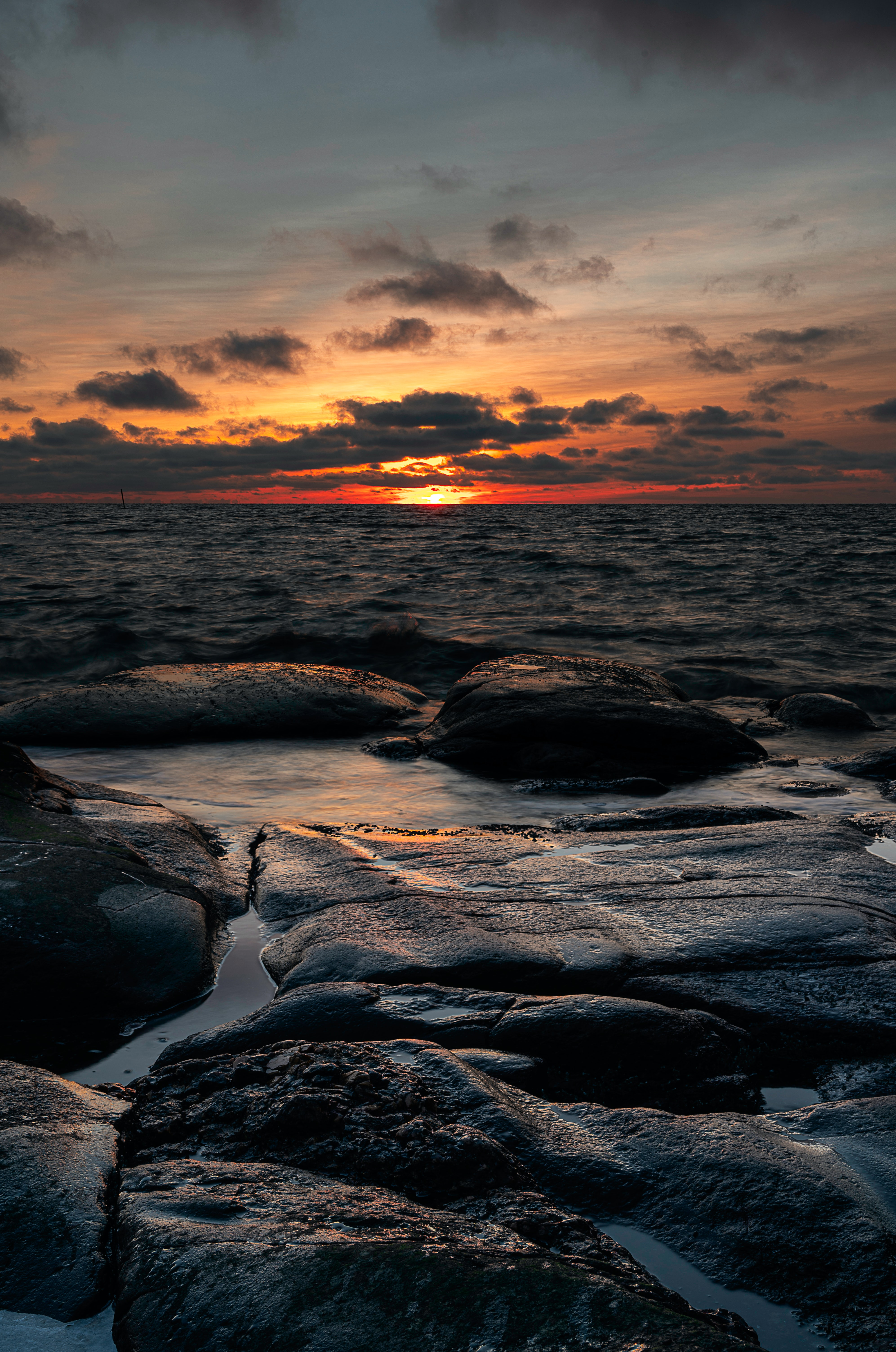 103630 download wallpaper Sea, Nature, Sunset, Twilight, Waves, Shore, Bank, Dusk screensavers and pictures for free