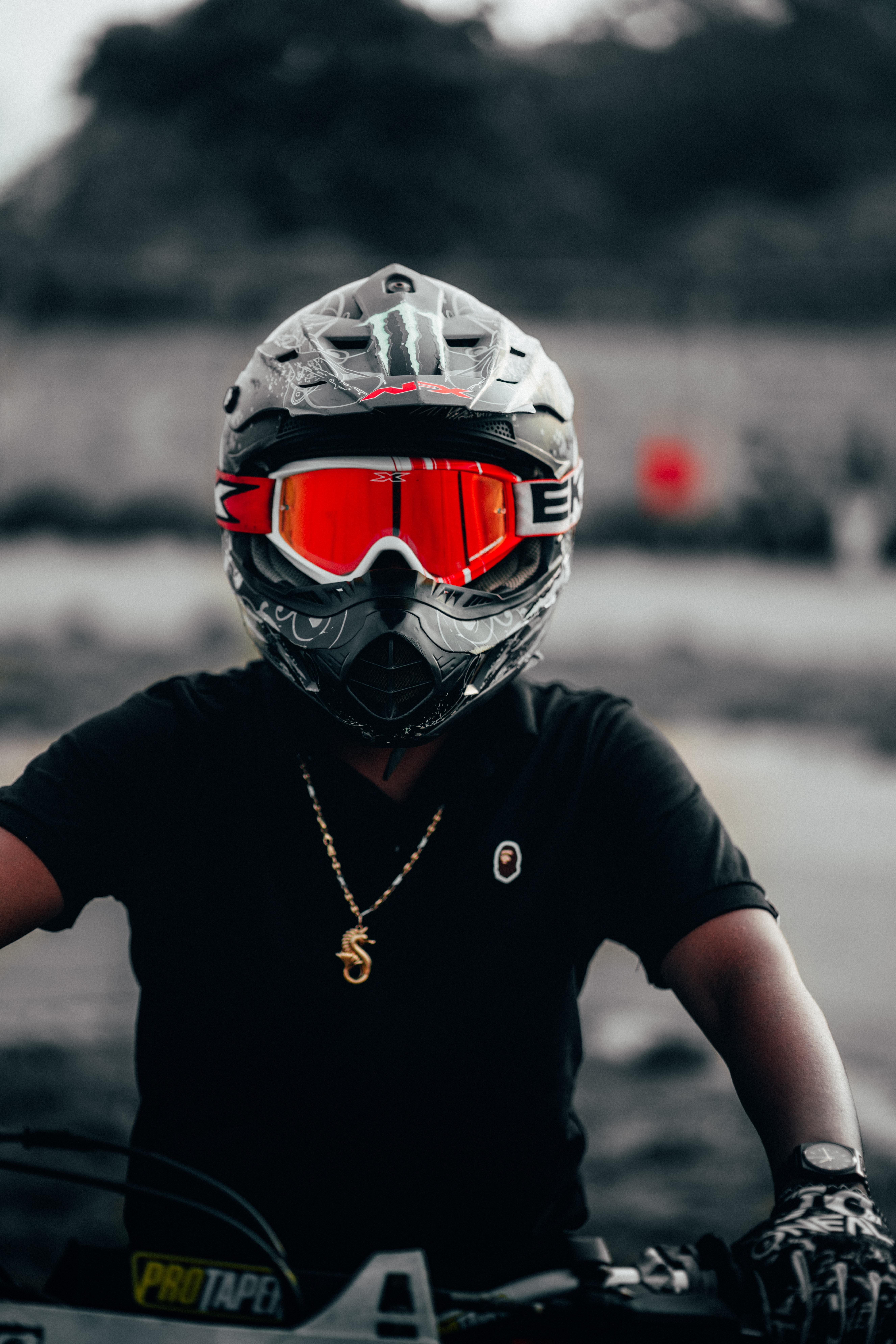 113987 скачать обои Разное, Мотоциклист, Шлем, Очки, Красный - заставки и картинки бесплатно