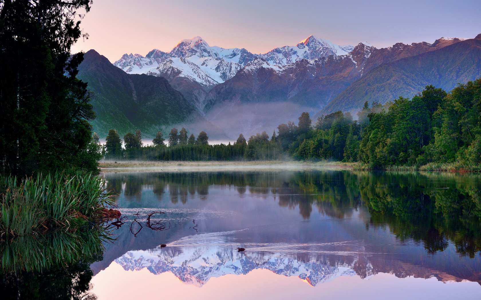 31981 download wallpaper Landscape, Rivers, Mountains screensavers and pictures for free