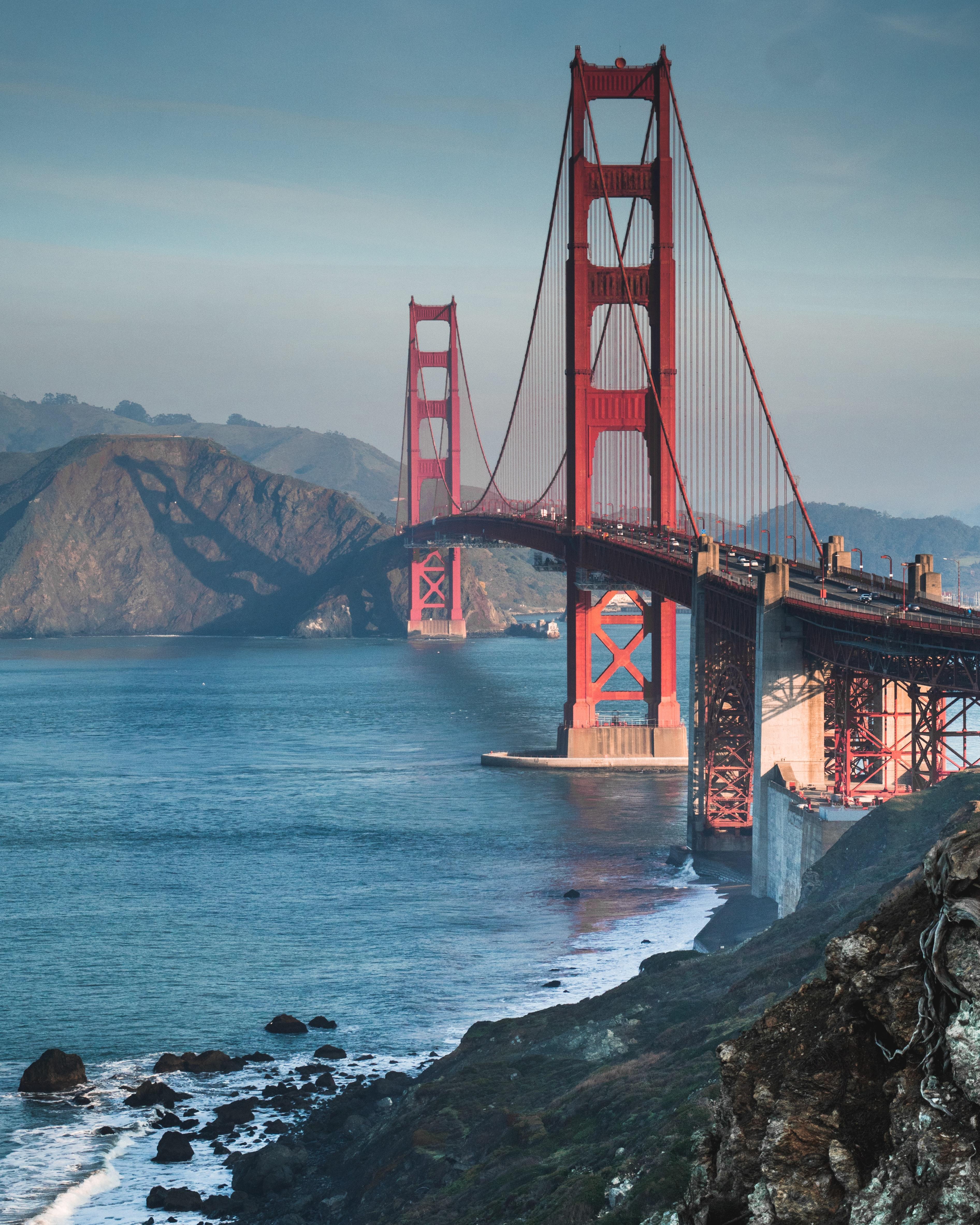 57367 Hintergrundbild herunterladen Architektur, Natur, Wasser, Sea, Felsen, Die Steine, Brücke - Bildschirmschoner und Bilder kostenlos