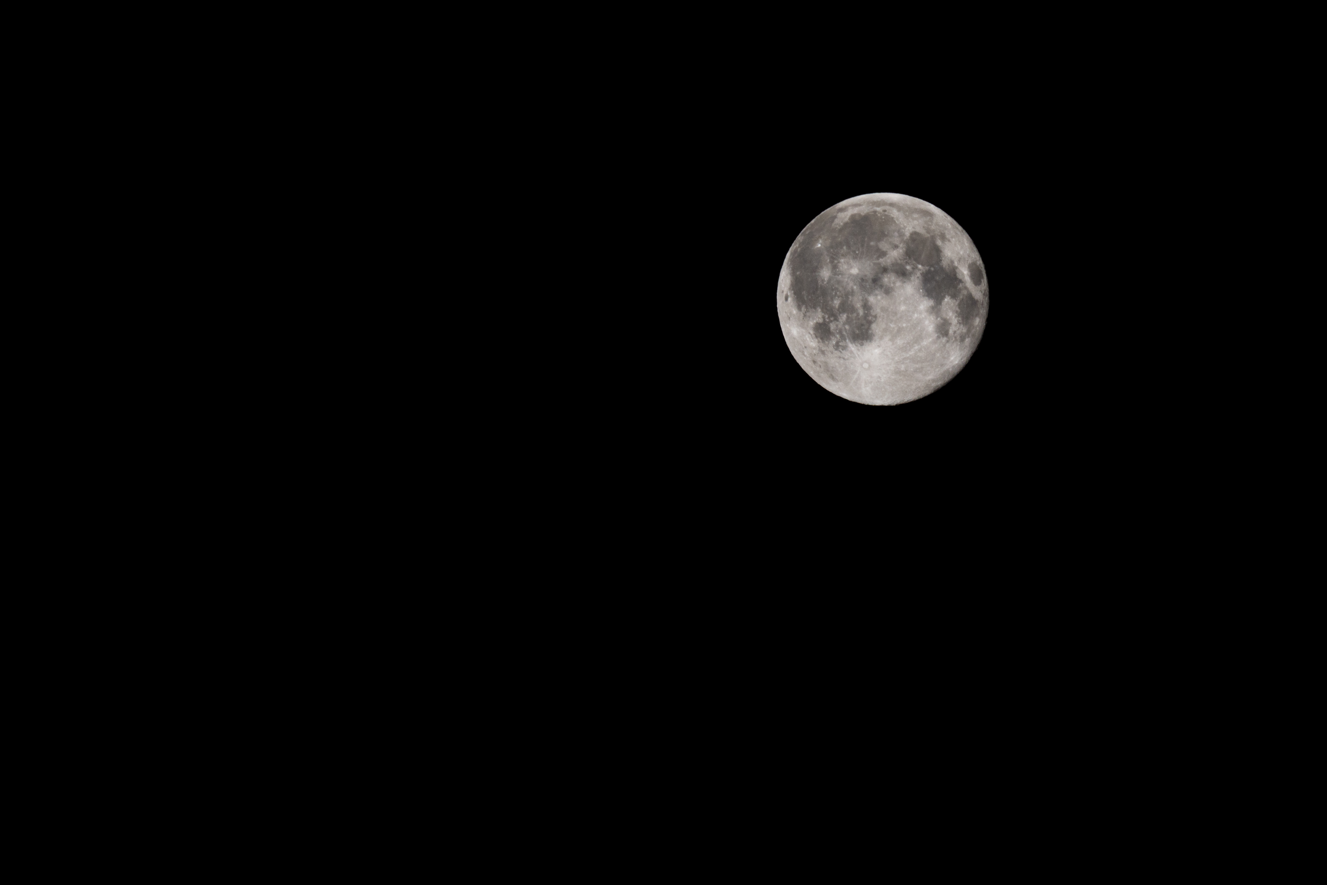 148529 download wallpaper Dark, Moon, Night, Black Background screensavers and pictures for free
