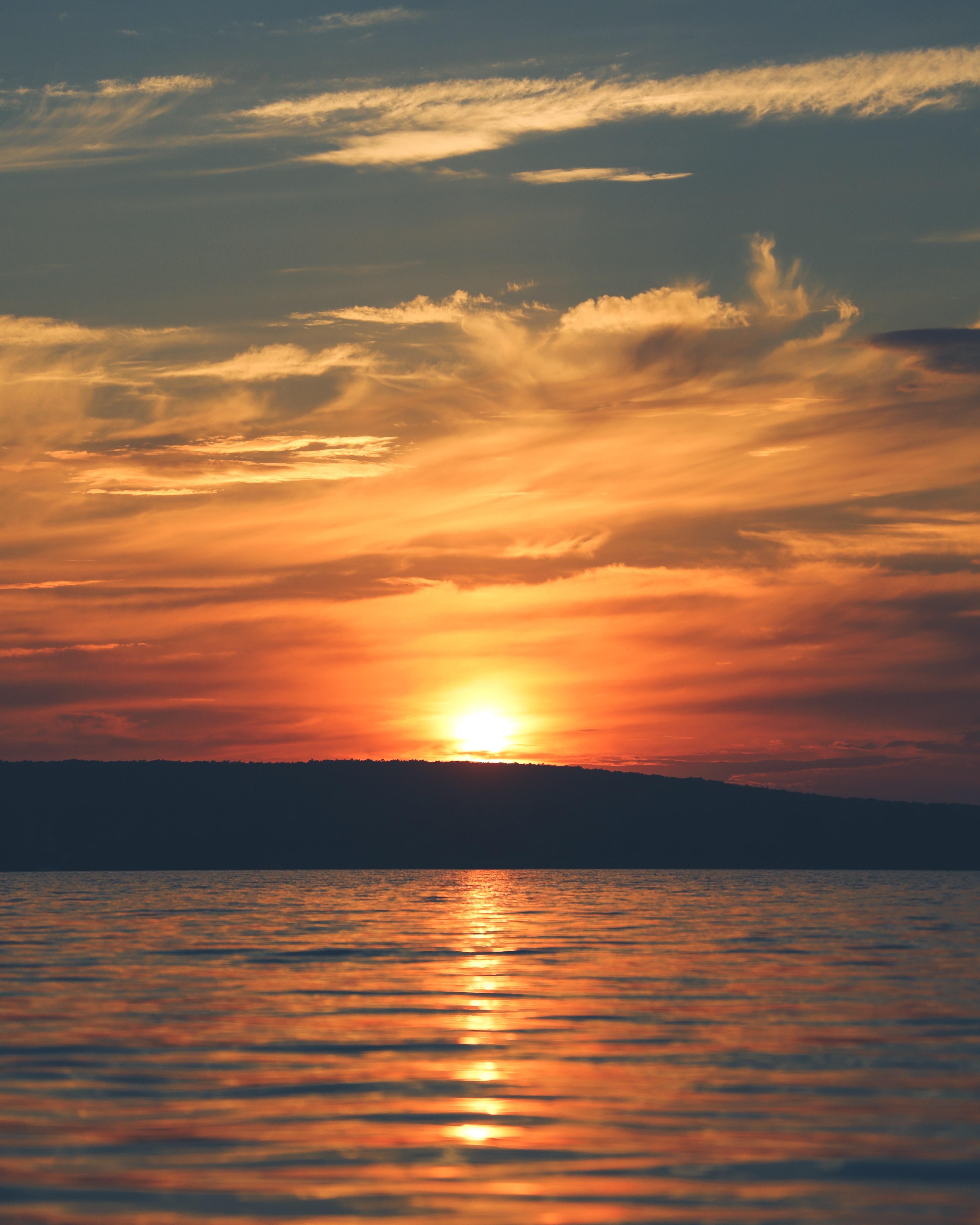 122552 скачать обои Природа, Закат, Вода, Остров, Горизонт, Солнце - заставки и картинки бесплатно