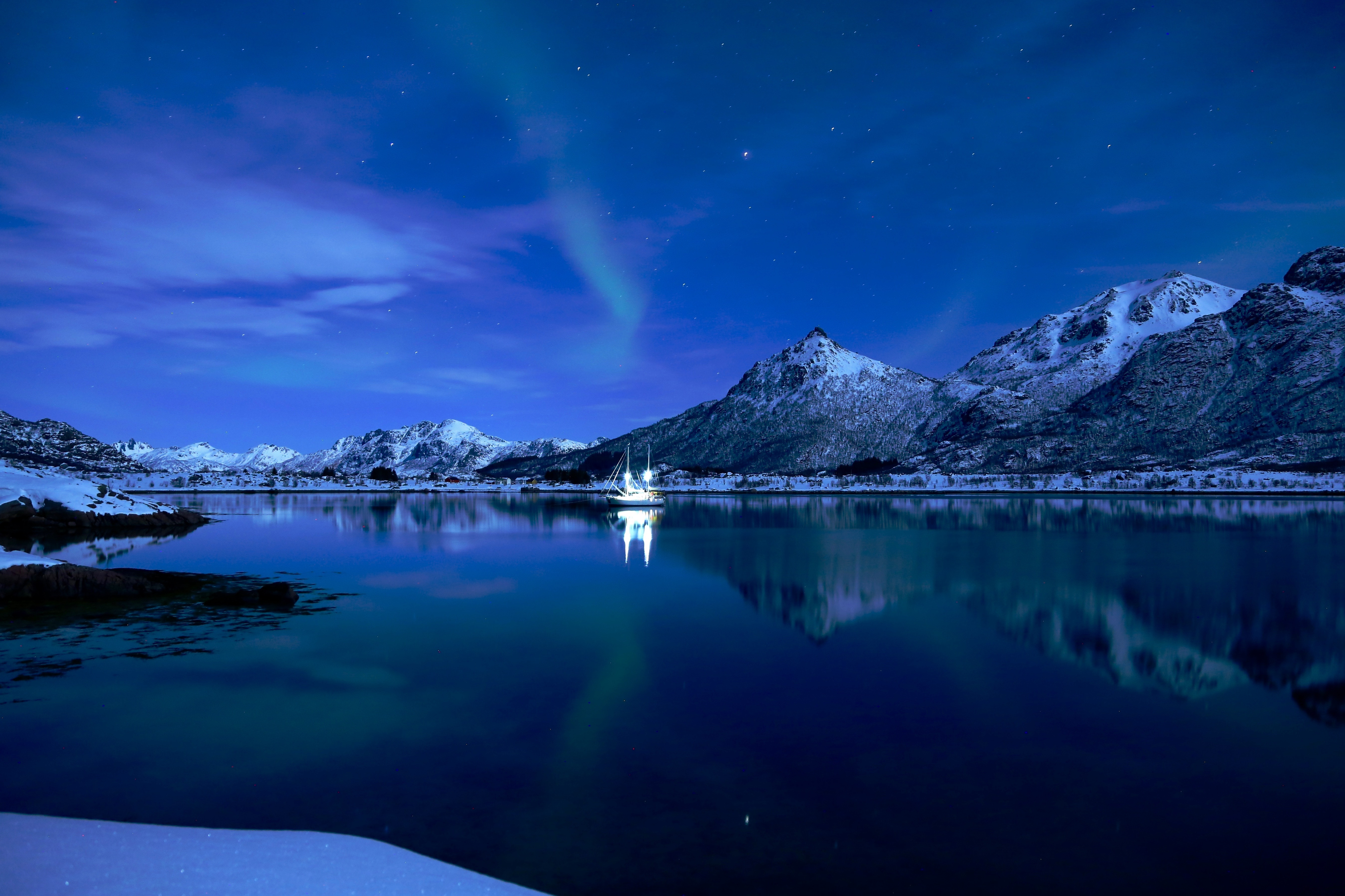 92703 скачать обои Природа, Озеро, Лодка, Лед, Закат, Звездное Небо, Горы - заставки и картинки бесплатно